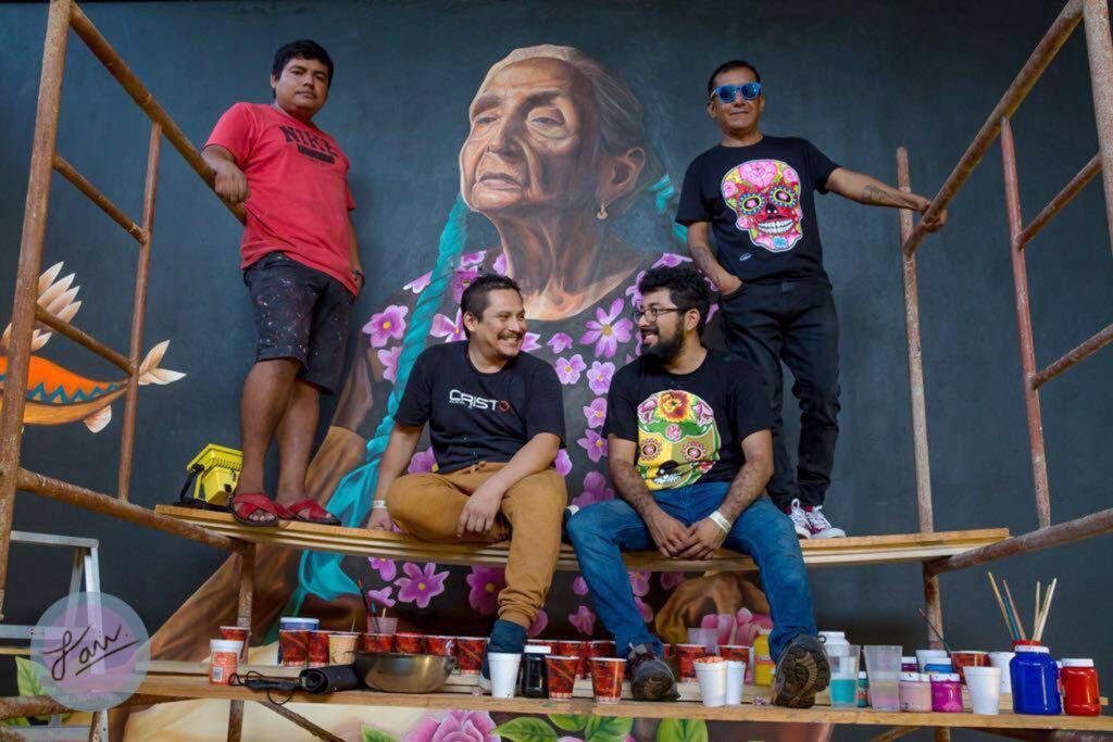 Grafiti de Oaxaca para México, el Colectivo Chiquitraca toma las calles del país.