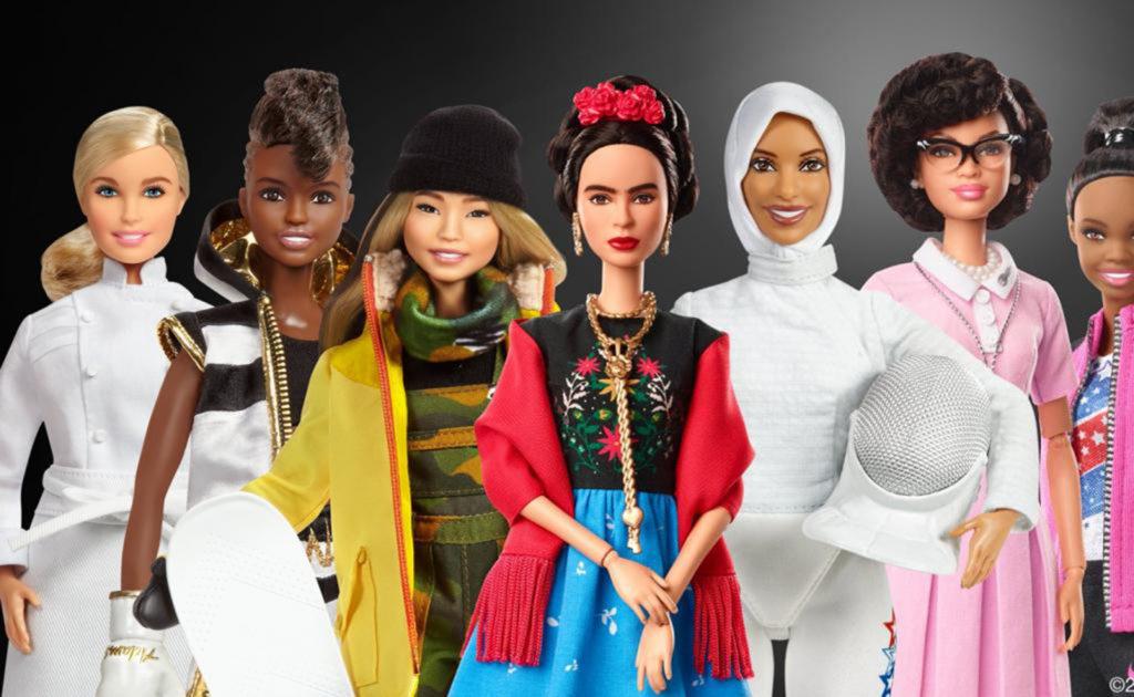 Barbie se convierte en Frida Kahlo #BarbieInspira