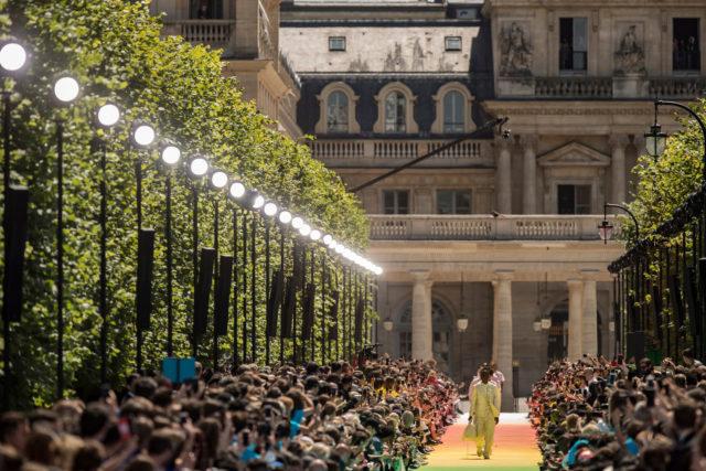 Virgin Abloh debutó en Louis Vuitton y esto es lo mejor de la pasarela